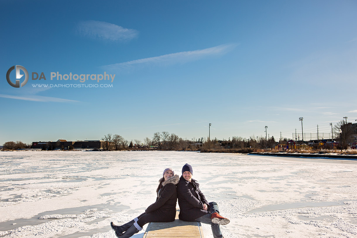 Winter Photos of Engagements in Port Perry
