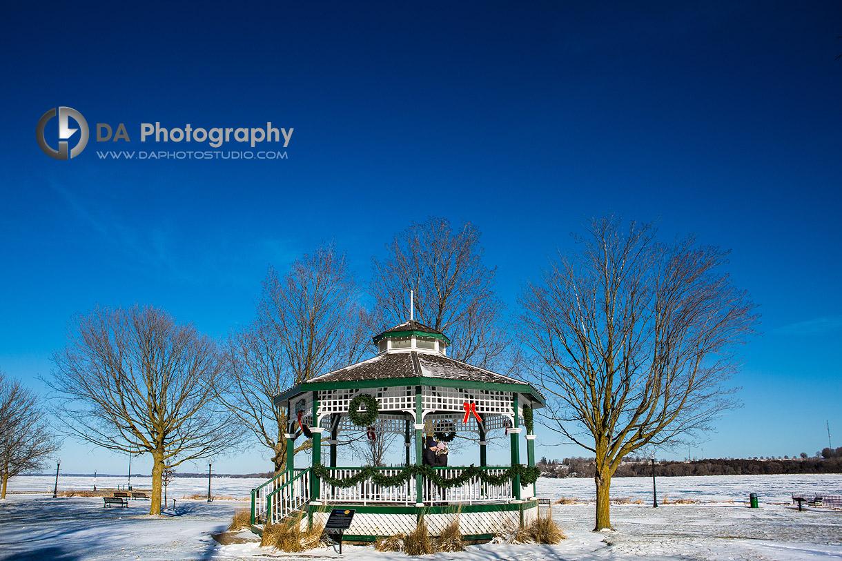Engagement Photographs by Lake Scugog