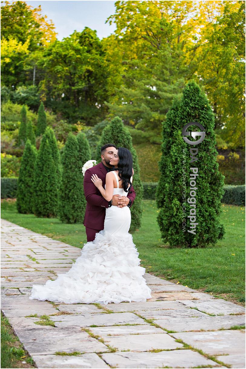 Garden Wedding in Stoney Creek