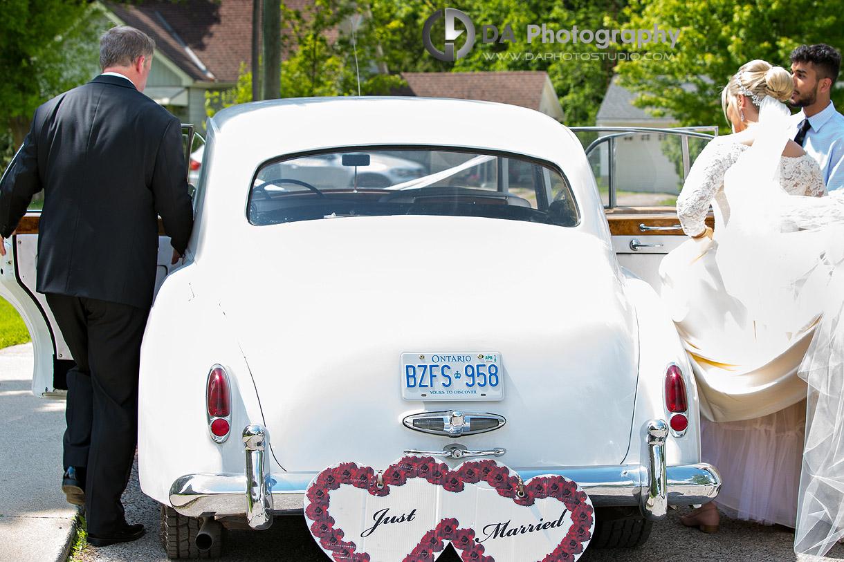 Bride and Groom in Waterdown