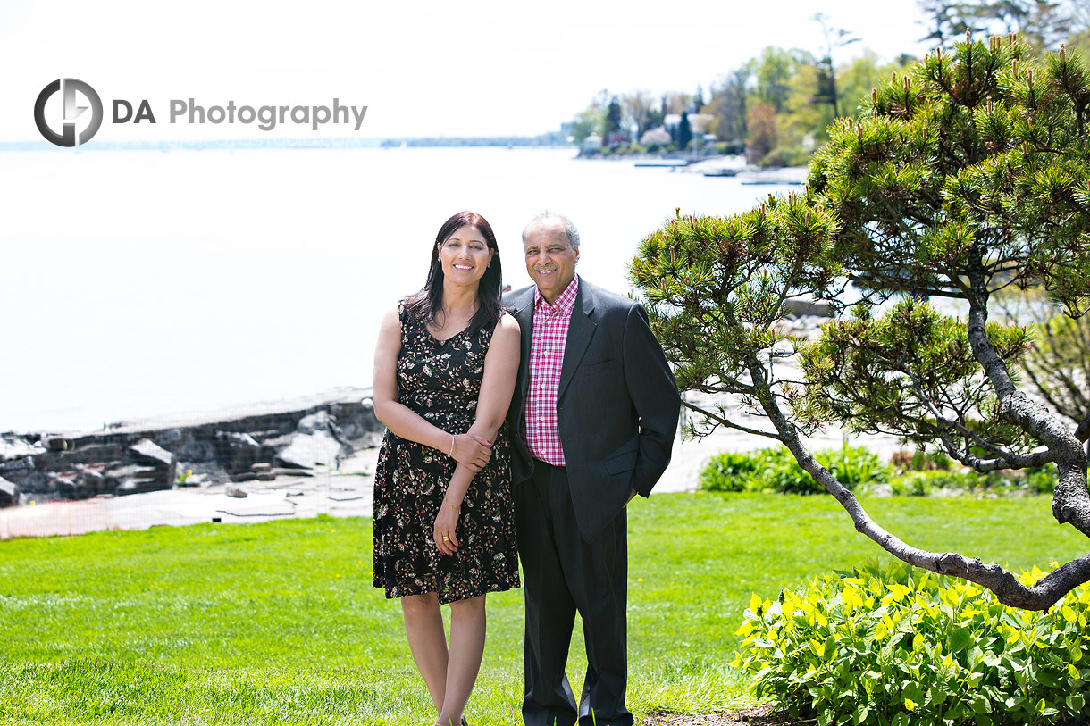 Best Photographers for Family Portrait at Gairloch Gardens