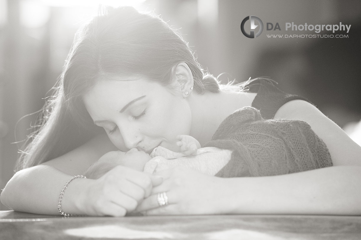 Top Photographer for Newborn lifestyle sessions