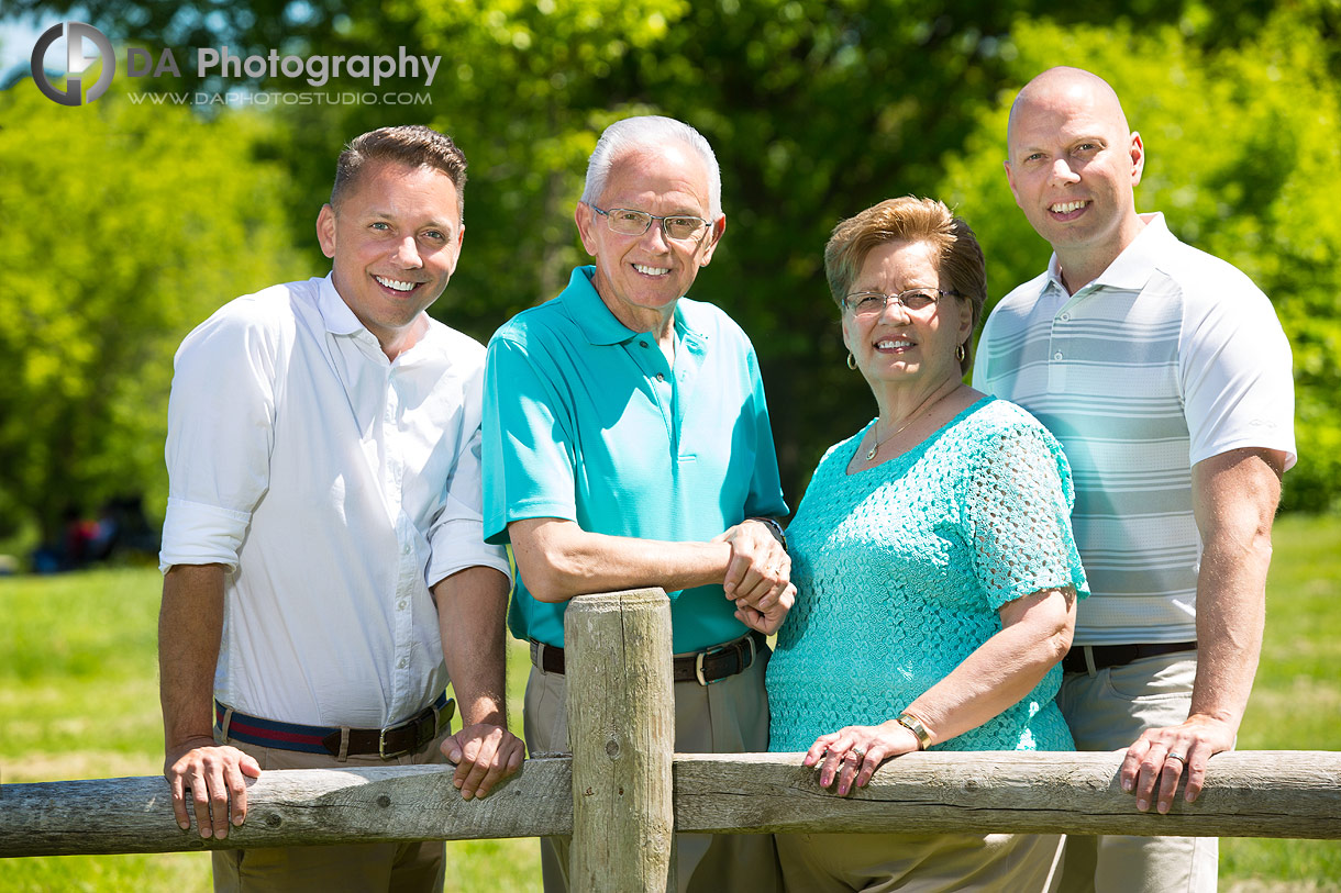 Costumer experience in Outdoor Family Portraits