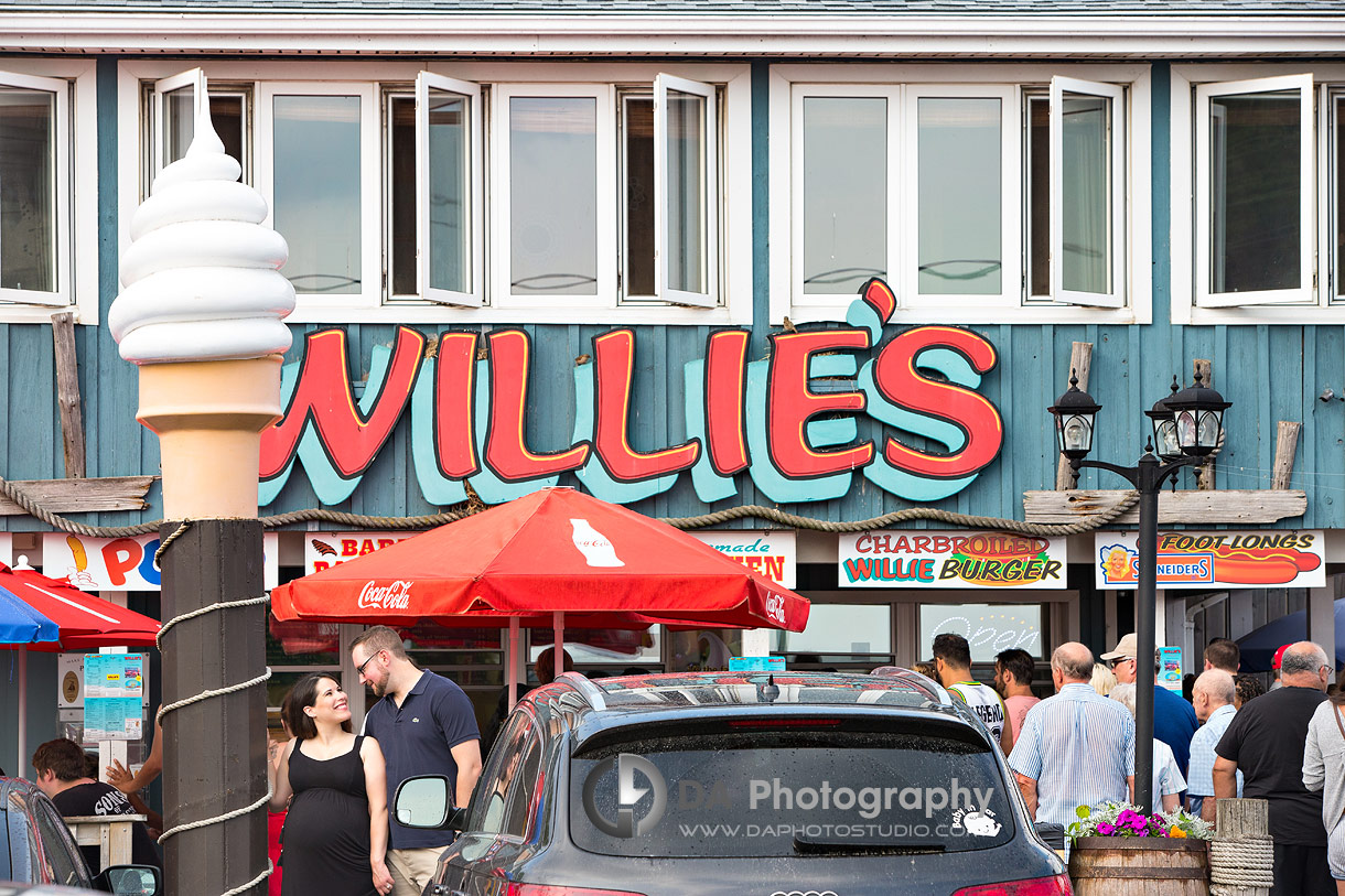 Willie's burger photos in Port Dover