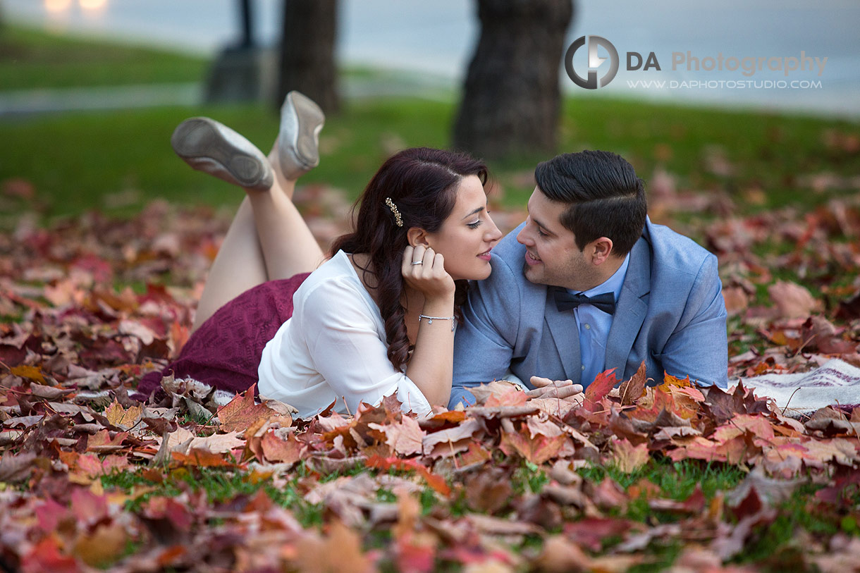 Fall engagement photos in Cambridge