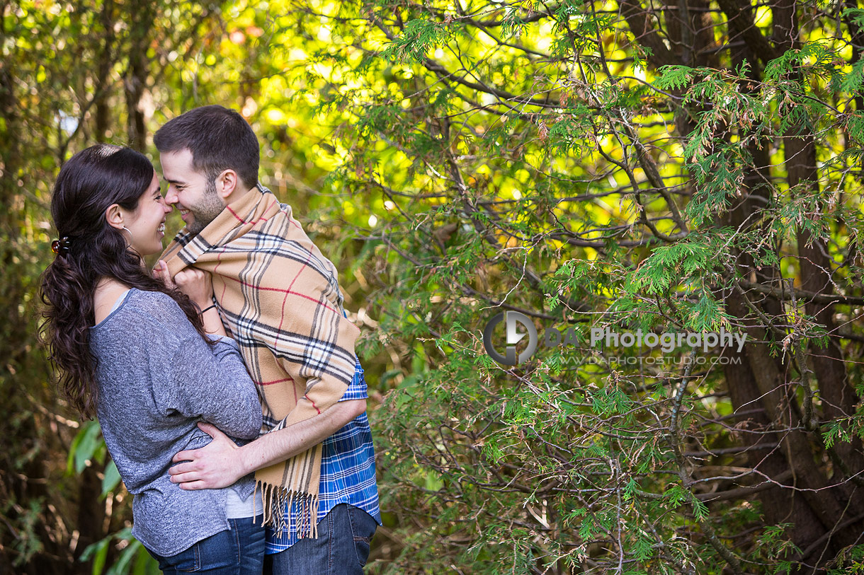 Sunset engagement pictures at Paletta Lakefront Park