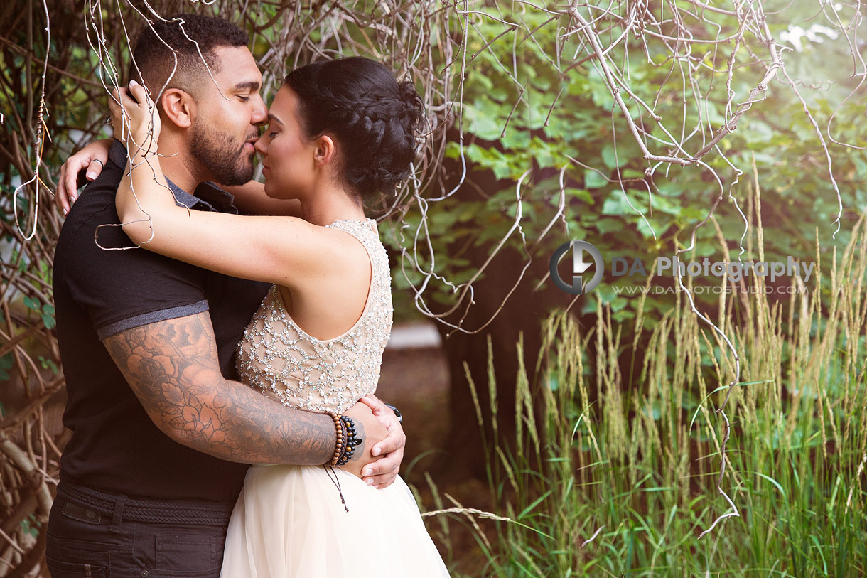 Intimate engagement photos at Hendrie Park