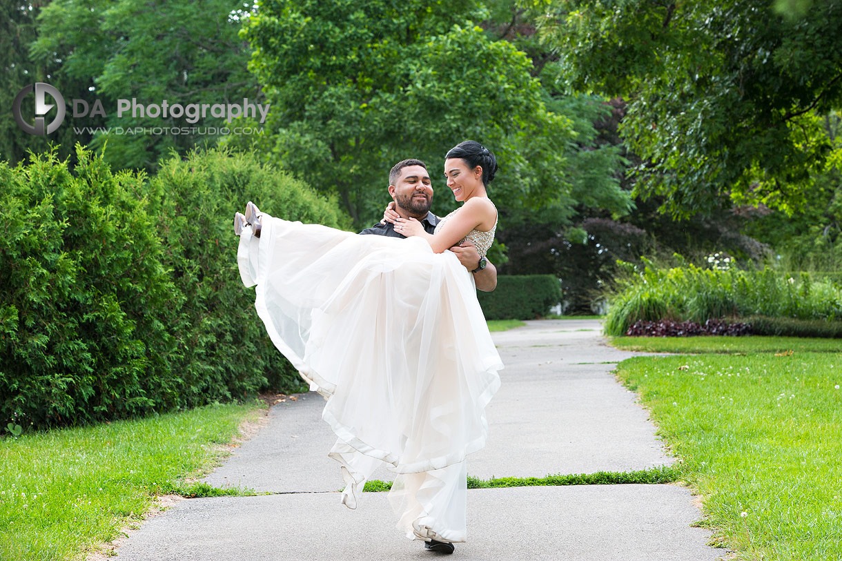 Top engagement photographer for Hendrie Park