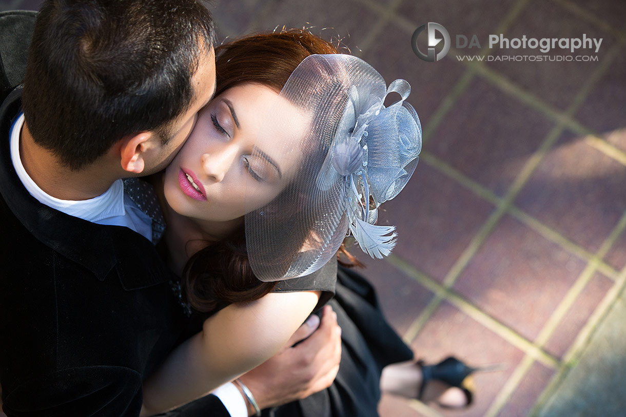 Intimate Couples Photo at Gairloch Gardens in Oakville
