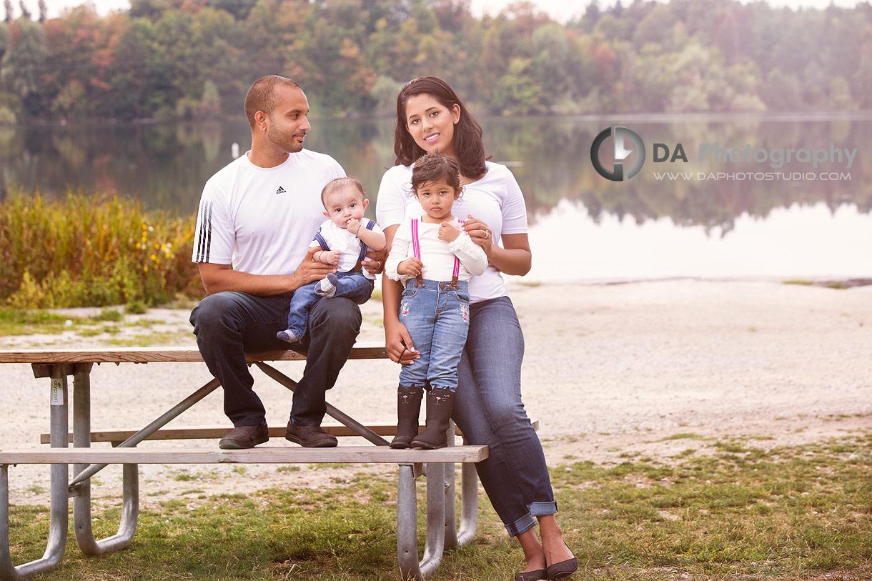 Family outdoor photos in Brampton