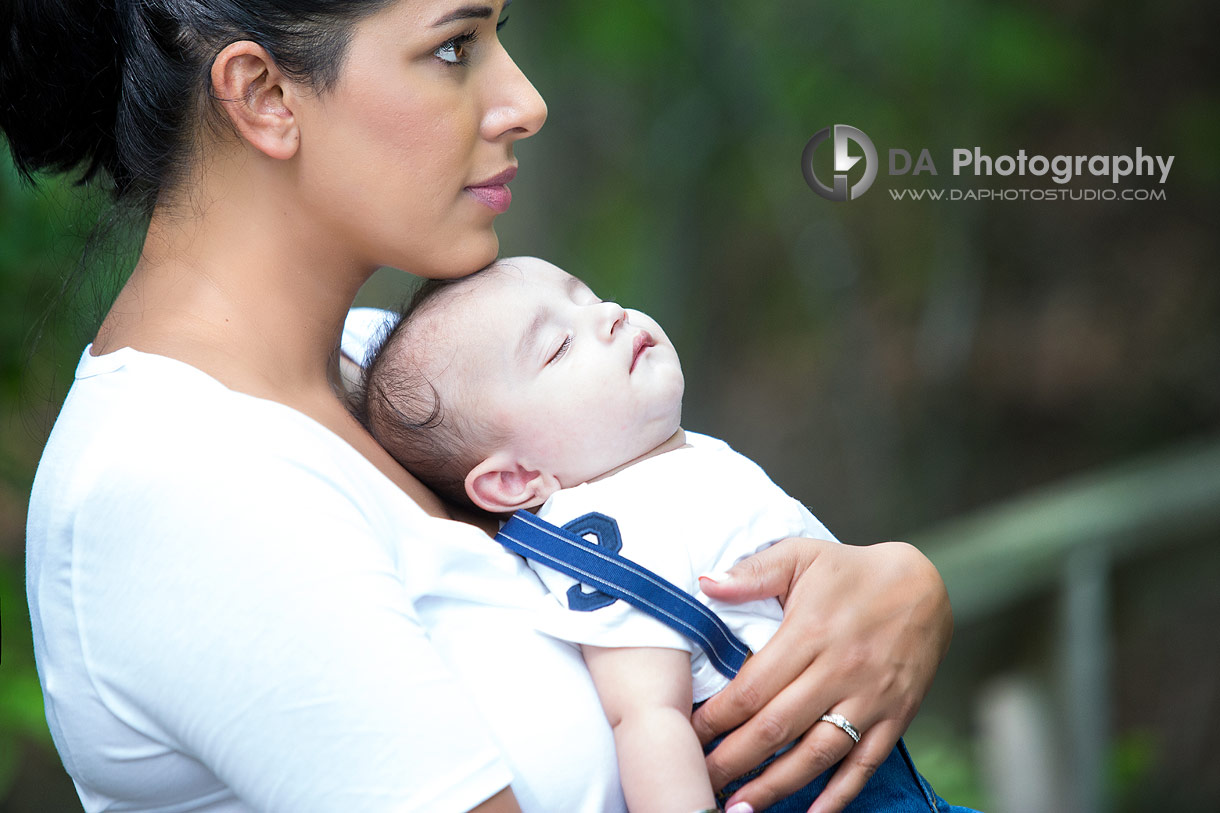 Baby outdoors pictures at Heart Lake Conservation Area