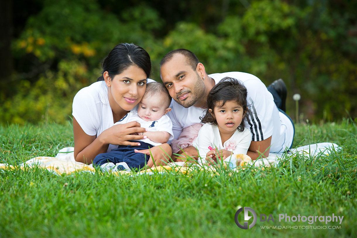 Family outdoor photos in Guelph