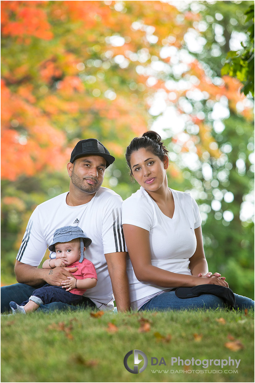 Family outdoor photos with babies