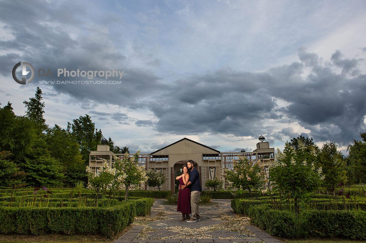 Whistling Gardens Engagement photographer