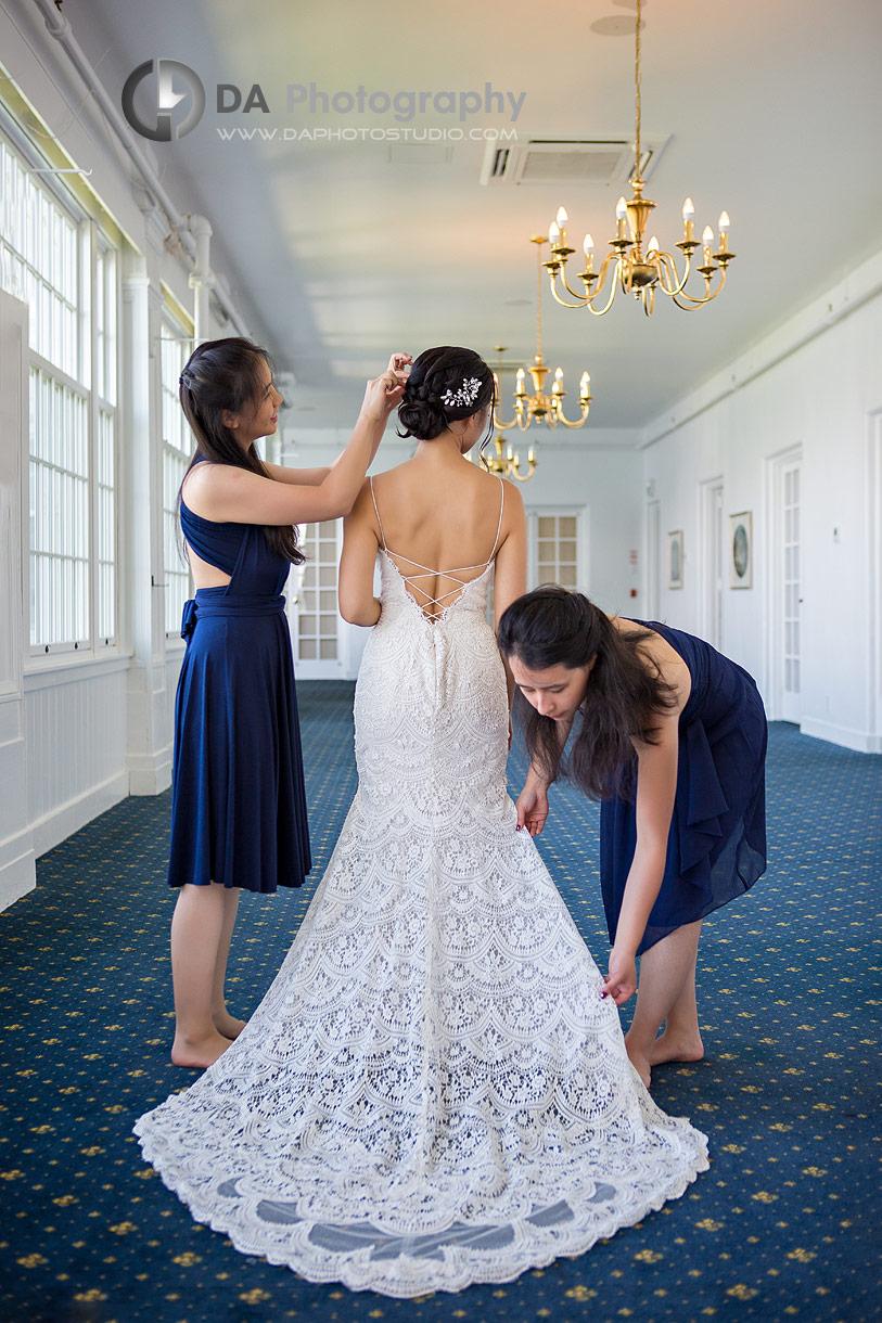 Bridesmaids at Royal Canadian Yacht Club