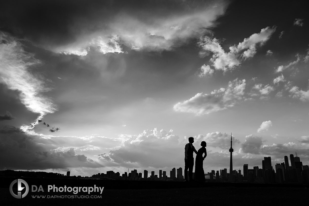 Nighttime wedding photos in Toronto