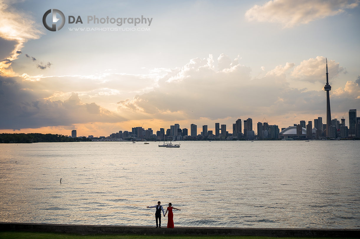 Wedding photos of a bride and groom at sunset in Toronto