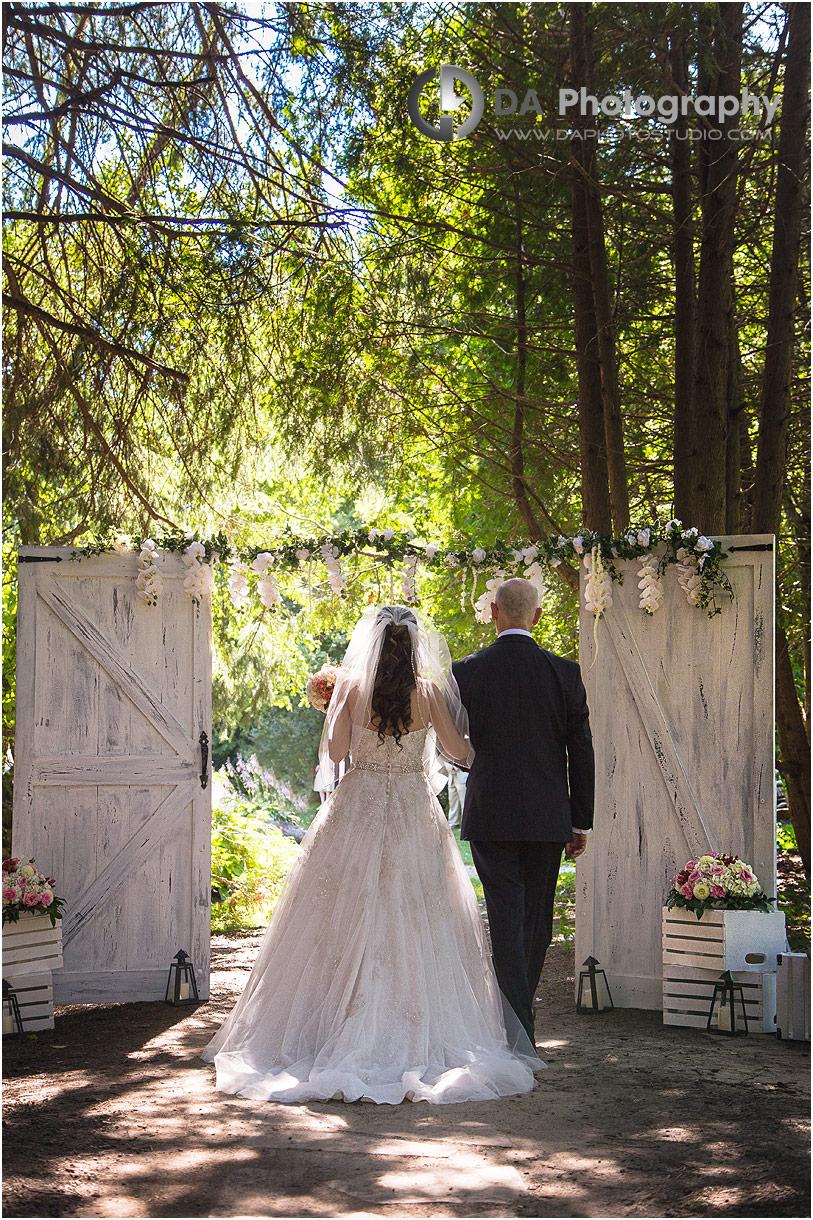 Photographer on a rustic wedding