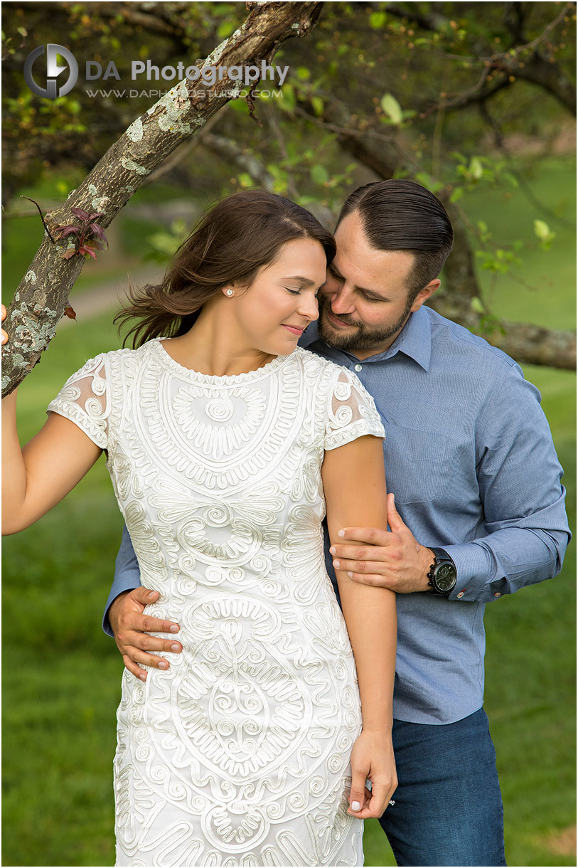 Engagement Pictures at Hamilton Golf Club in Ancaster